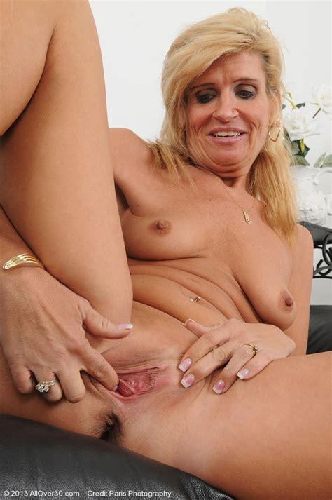 photos of nude older ladies jpg 680x1024