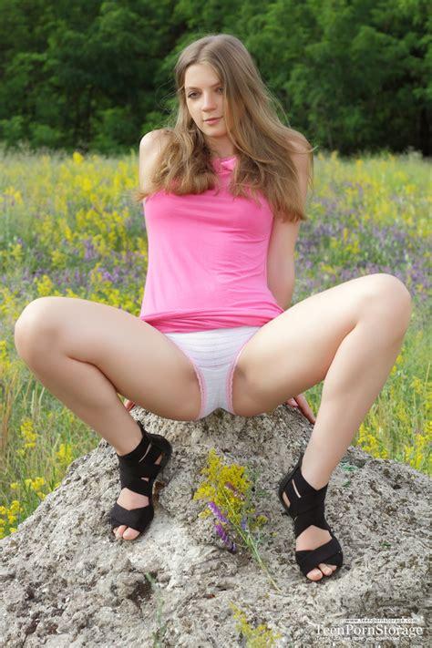 nude sexy teen pussy jpg 768x1152