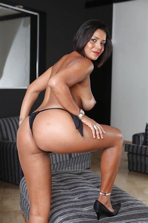 big tits and ass latinas jpg 682x1024